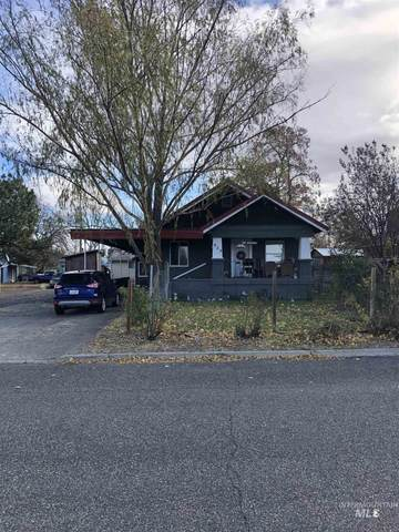 629 8th St, Clarkston, WA 99403 (MLS #98787237) :: The Bean Team