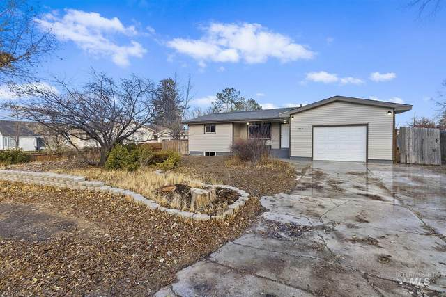 711 Adell Ave, Filer, ID 83328 (MLS #98787265) :: Team One Group Real Estate