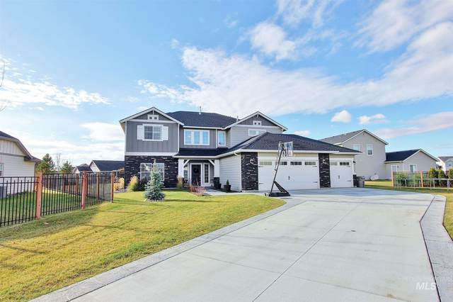 879 N World Cup Lane, Eagle, ID 83616 (MLS #98787388) :: Own Boise Real Estate