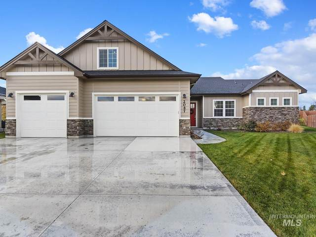 2047 E Mores Trail Dr, Meridian, ID 83642 (MLS #98787416) :: Shannon Metcalf Realty