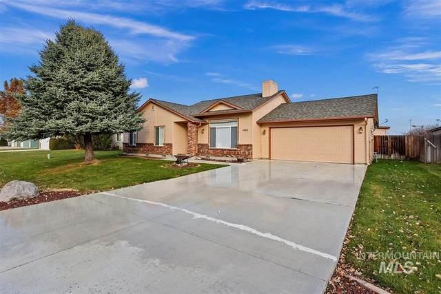 1062 N Maura Avenue, Meridian, ID 83642 (MLS #98787529) :: Minegar Gamble Premier Real Estate Services
