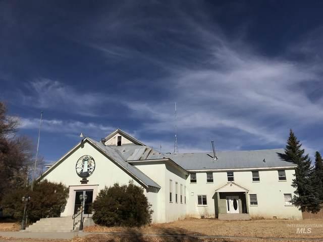 213 E Ponderosa, Fairfield, ID 83327 (MLS #98787551) :: Hessing Group Real Estate