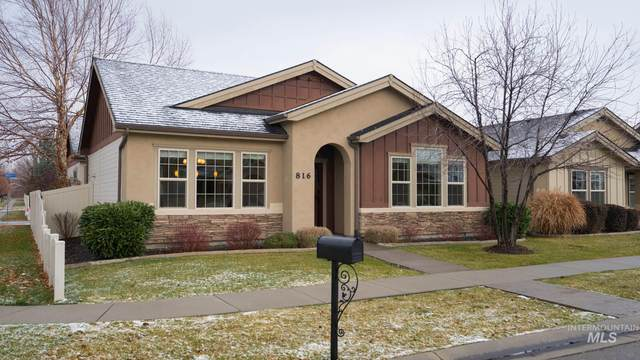 816 E Tallinn, Meridian, ID 83646 (MLS #98787820) :: Minegar Gamble Premier Real Estate Services