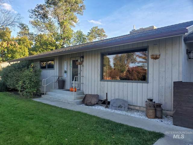 714 Burrell Avenue, Lewiston, ID 83501 (MLS #98787834) :: The Bean Team