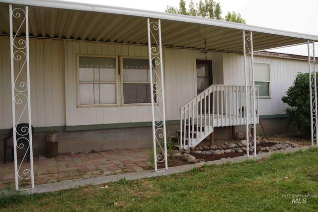 499 S 1550 W, Blackfoot, ID 83262 (MLS #98787860) :: Navigate Real Estate
