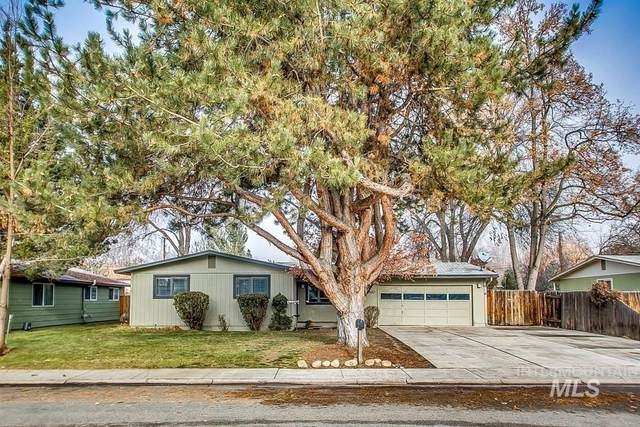 4632 W Castlebar Drive, Boise, ID 83703 (MLS #98788164) :: City of Trees Real Estate