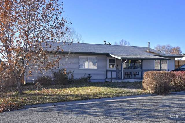 1011 Cleveland St S, Jerome, ID 83338 (MLS #98788182) :: City of Trees Real Estate