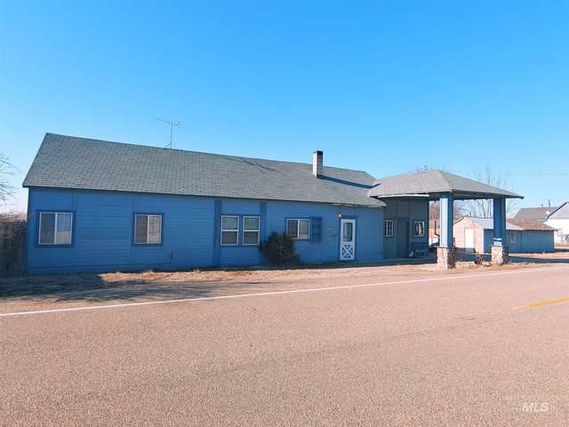 5803 3rd Ave, Nampa, ID 83686 (MLS #98788336) :: Build Idaho