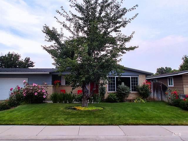 3321 N Spiceland, Boise, ID 83704 (MLS #98788395) :: Build Idaho