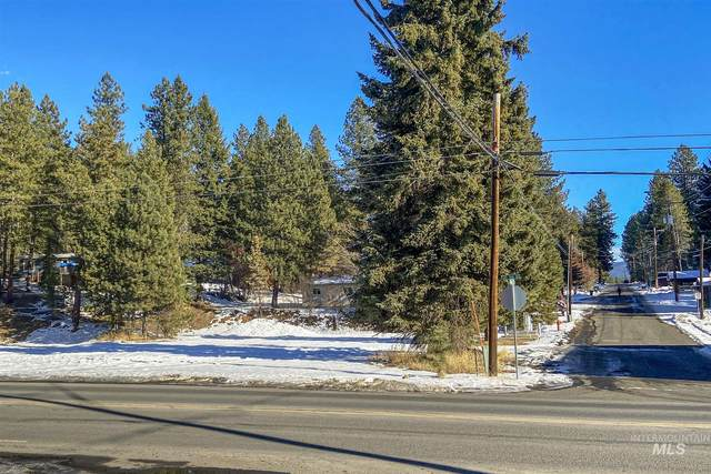 301 N 3rd Street, Mccall, ID 83638 (MLS #98788788) :: The Bean Team