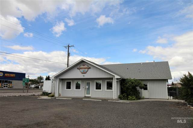 702 Hwy 30 E  Parcel 1 (Commercial Bldg And .34 Acres), Buhl, ID 83316 (MLS #98790422) :: The Bean Team