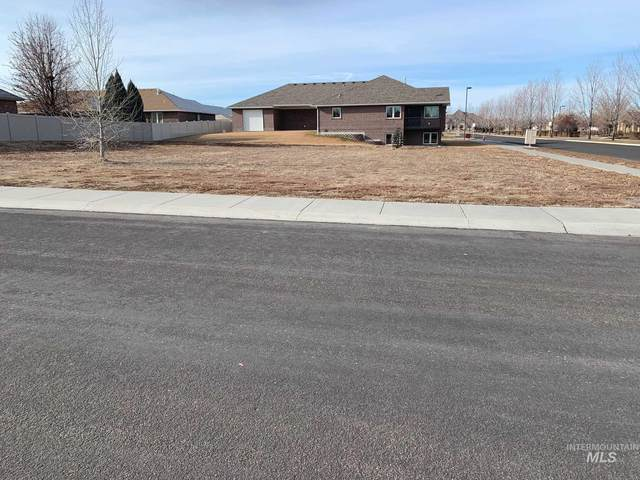 2152 South Temple Drive, Twin Falls, ID 83301 (MLS #98790598) :: Juniper Realty Group