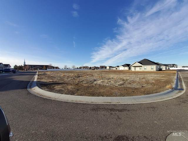 1091 Cottage Rd, Twin Falls, ID 83301 (MLS #98790764) :: The Bean Team