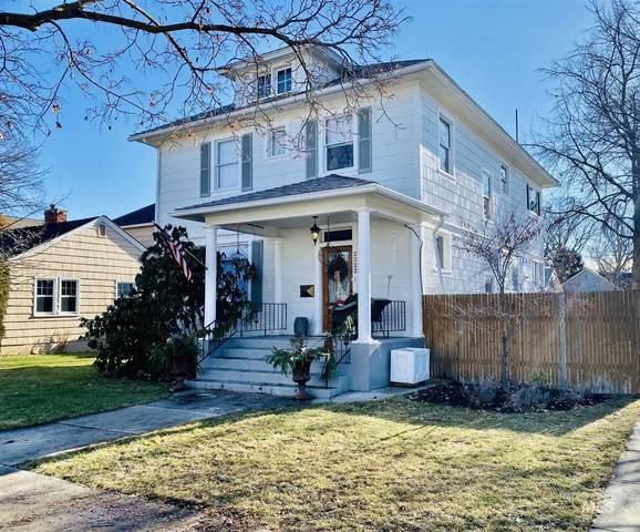 2323 W Woodlawn, Boise, ID 83702 (MLS #98790815) :: Minegar Gamble Premier Real Estate Services