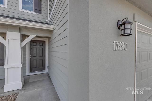 8276 E Conant St, Nampa, ID 83687 (MLS #98790819) :: The Bean Team