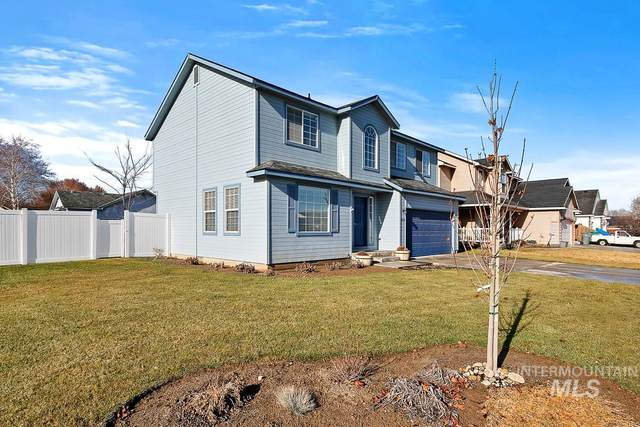 3112 Jefferson Parkway, Caldwell, ID 83605 (MLS #98790831) :: New View Team