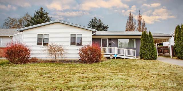 1962 Poplar Ave, Twin Falls, ID 83301 (MLS #98790919) :: Epic Realty