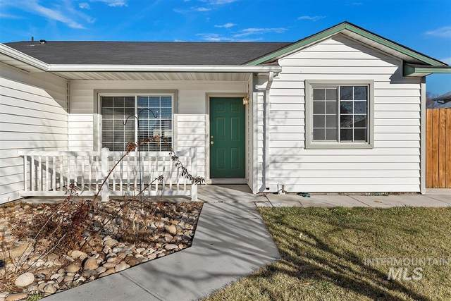 3314 E Sherman Ave, Nampa, ID 83686 (MLS #98790975) :: Silvercreek Realty Group