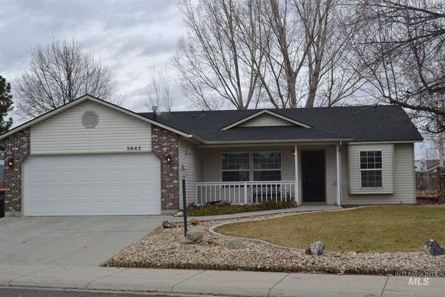 3642 E Eisenhower, Meridian, ID 83642 (MLS #98791003) :: Full Sail Real Estate