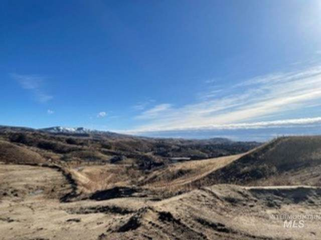5132 N Becker Ridge Ln, Boise, ID 83702 (MLS #98791082) :: Build Idaho