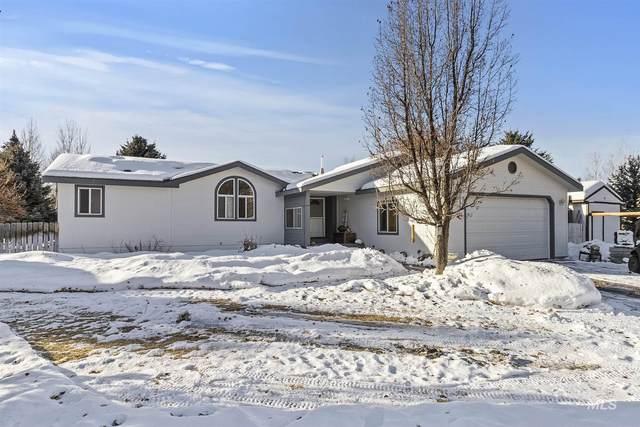 100 Summit Lane, Bellevue, ID 83313 (MLS #98791223) :: Team One Group Real Estate