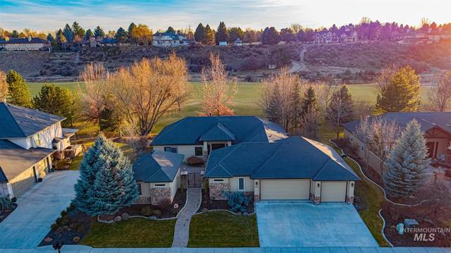 687 W Oakhampton Drive, Eagle, ID 83616 (MLS #98791256) :: Jon Gosche Real Estate, LLC