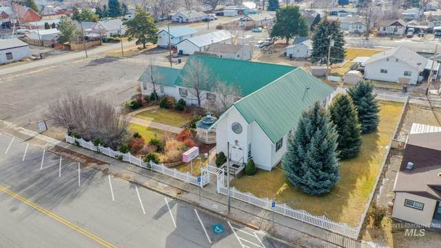523 Main, Filer, ID 83328 (MLS #98791291) :: First Service Group
