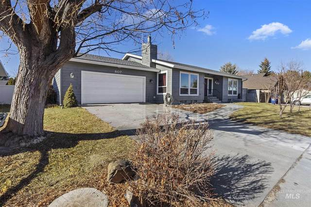 807 Campus Dr, Twin Falls, ID 83301 (MLS #98791451) :: Boise River Realty