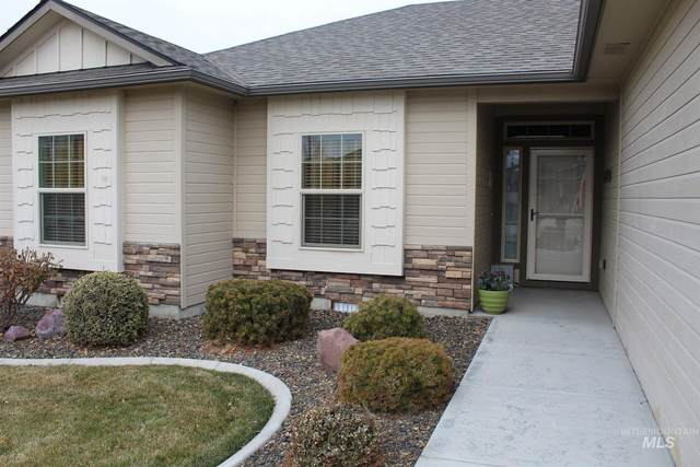 2007 S Belknap Loop, Nampa, ID 83686 (MLS #98791524) :: Silvercreek Realty Group