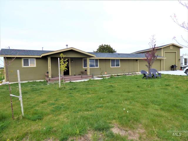 1200 N Black Cat Rd, Kuna, ID 83634 (MLS #98791672) :: Epic Realty