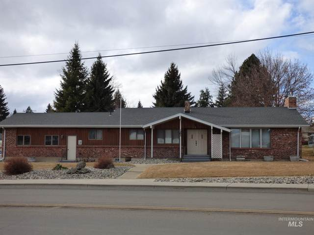 1303 King Street, Cottonwood, ID 83522 (MLS #98791930) :: City of Trees Real Estate