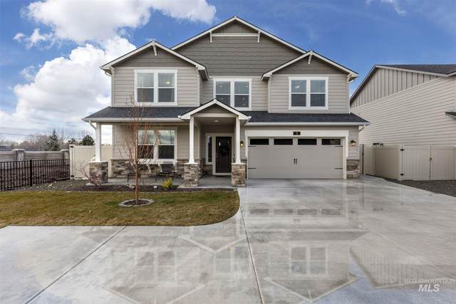 3 N Wooddale Ave, Eagle, ID 83616 (MLS #98793028) :: Minegar Gamble Premier Real Estate Services