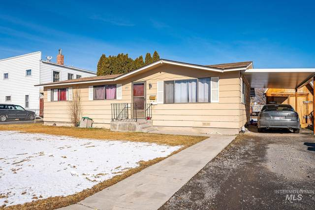 1213 5th Ave E, Twin Falls, ID 83301 (MLS #98793831) :: Epic Realty