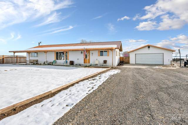 2400 Gulley Rd, Homedale, ID 83628 (MLS #98794006) :: Minegar Gamble Premier Real Estate Services