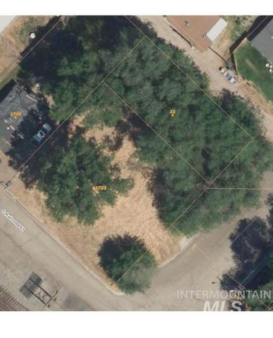 11 18th Ave N, Nampa, ID 83687 (MLS #98794025) :: Minegar Gamble Premier Real Estate Services