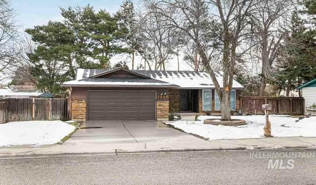 5250 N Mitchell St, Boise, ID 83704 (MLS #98794051) :: Juniper Realty Group