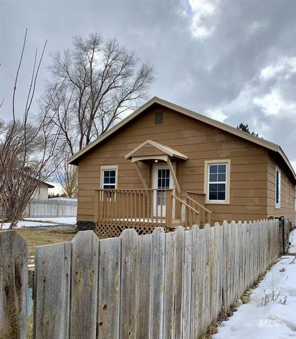 413 Fruitland Ave., Buhl, ID 83316 (MLS #98794078) :: Hessing Group Real Estate