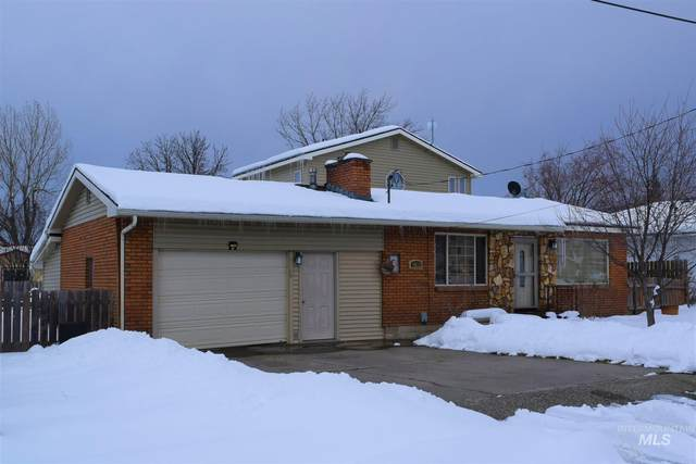 1013 Scott Street, Grangeville, ID 83530 (MLS #98794085) :: Jon Gosche Real Estate, LLC