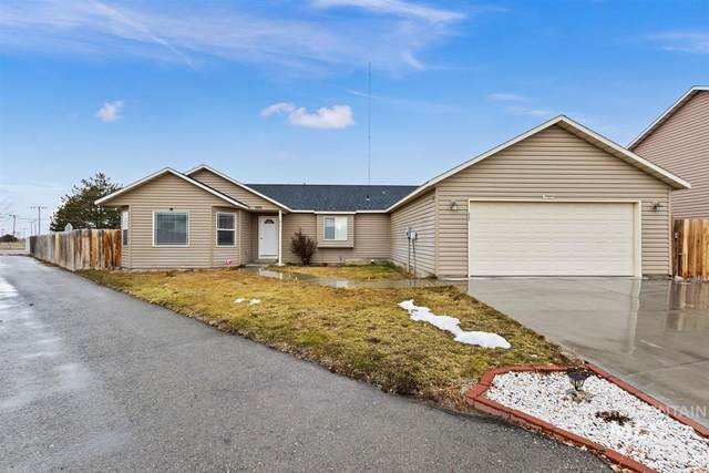 437 Bluebell, Twin Falls, ID 83301 (MLS #98794099) :: Minegar Gamble Premier Real Estate Services