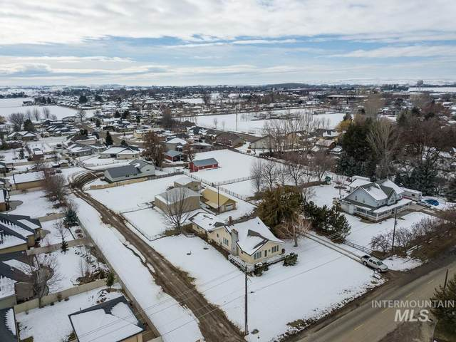 2135 NE 16th St, Fruitland, ID 83619 (MLS #98794112) :: City of Trees Real Estate
