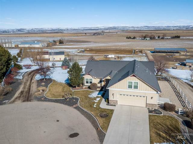5802 Whispering Hills Dr, Marsing, ID 83639 (MLS #98794255) :: Minegar Gamble Premier Real Estate Services
