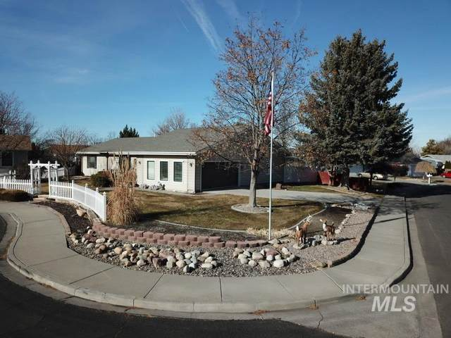1073 Twin Parks Dr., Twin Falls, ID 83301 (MLS #98794340) :: Story Real Estate