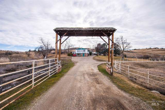 8505 N Hwy 52, Sweet, ID 83617 (MLS #98794407) :: Haith Real Estate Team
