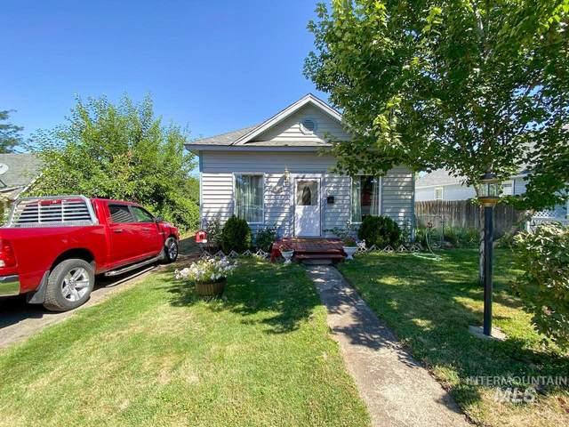 1311 16th Ave, Lewiston, ID 83501 (MLS #98794532) :: The Bean Team