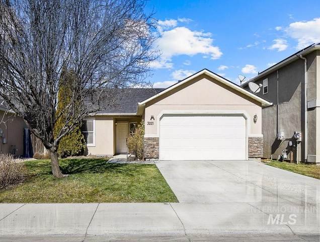 3221 Central Park St, Caldwell, ID 83605 (MLS #98794565) :: Minegar Gamble Premier Real Estate Services