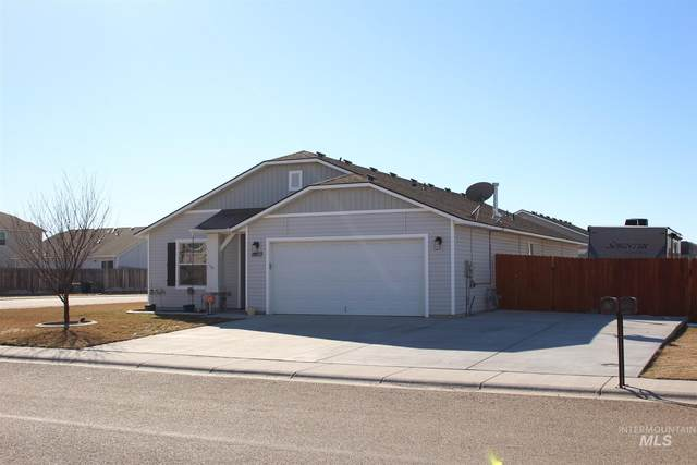 11803 Edgemoor St., Caldwell, ID 83605 (MLS #98794865) :: New View Team