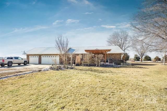 2097 E 2500 N, Twin Falls, ID 83301 (MLS #98794922) :: Story Real Estate