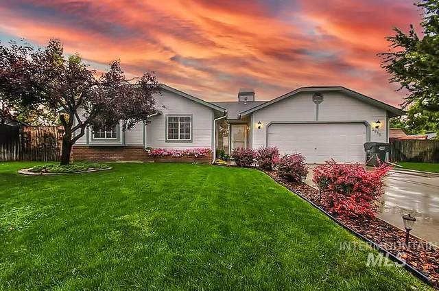 2936 W Stephanie Ct, Meridian, ID 83642 (MLS #98794930) :: Jon Gosche Real Estate, LLC