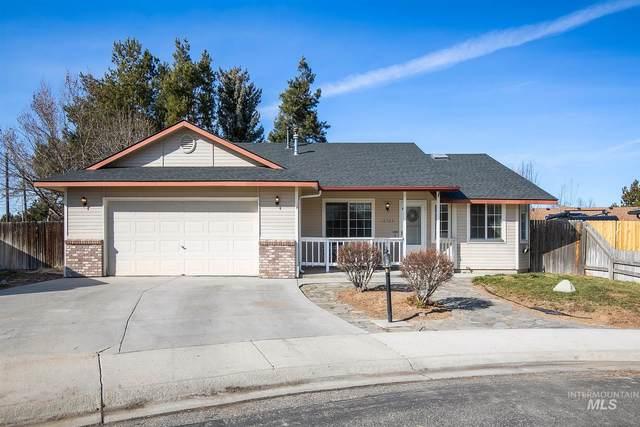 10564 W Greenleaf, Boise, ID 83704 (MLS #98795007) :: Build Idaho