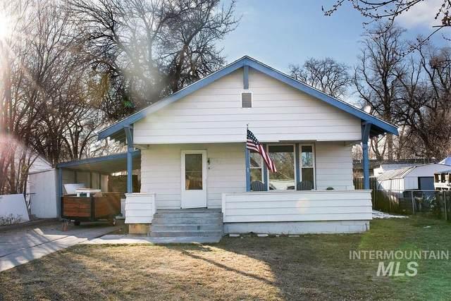 435 N 15th E, Mountain Home, ID 83647 (MLS #98795079) :: Boise River Realty